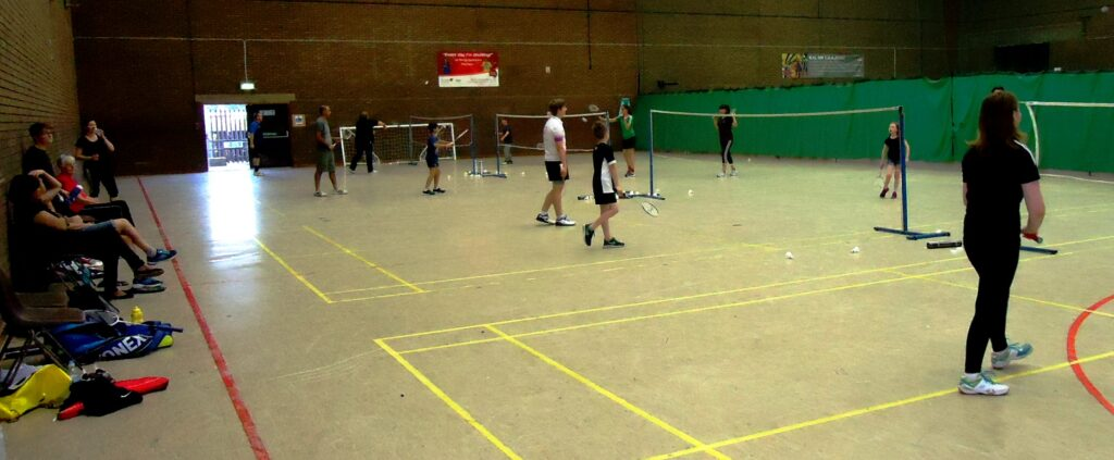 Well attended Family Badminton session at Dewsbury Sports Centre (Sundays 4pm-6pm). Families with children play together.